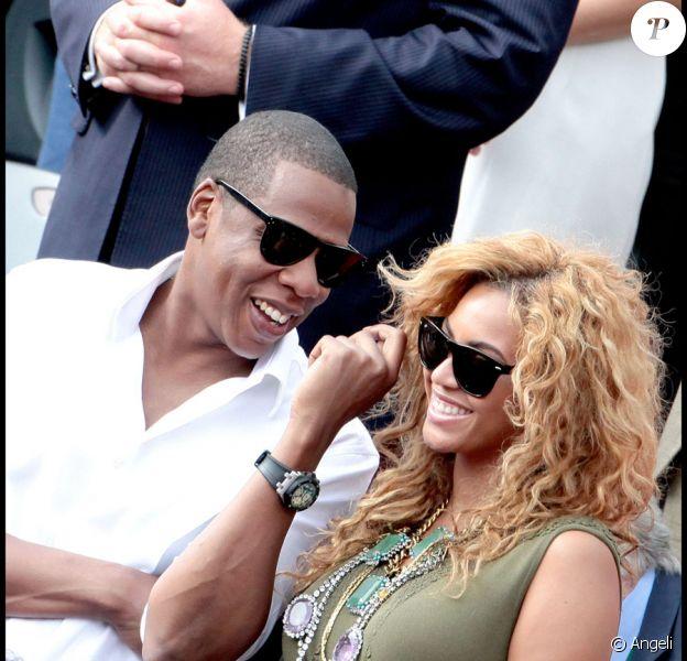 Beyoncé et Jay-Z assistent à la finale Hommes de Roland-Garros le 6 juin 2010 : leur complicité éclate sous le soleil