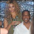Après la finale de Roland-Garros et son concert à Bercy, Jay-Z fait la fête avec Beyoncé le 6 juin 2010 dans le club L'Arc