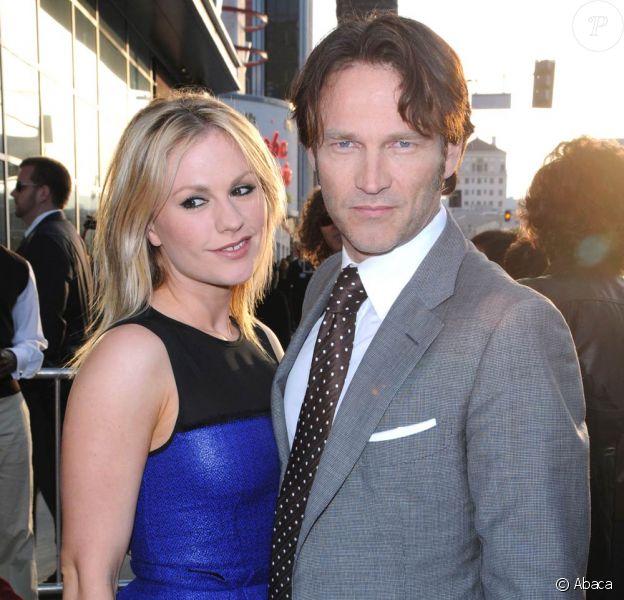 Le très beau couple (à la ville comme à l'écran) formé par Anna Paquin et Stephen Moyer, à l'occasion de la présentation de la troisième saison de la série True Blood, au Cinerama Dome d'Hollywood, à Los Angeles, le 8 juin 2010.