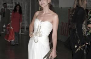 Quand Clotilde Courau, superbe, croise une Eva Herzigova en mode... tigresse !