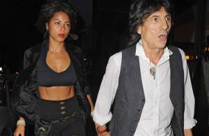Ronnie Wood toujours aussi amoureux de... sa belle Bésilienne !