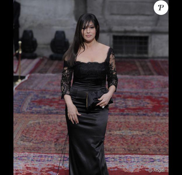 Monica Bellucci lors de la soirée d'anniversaire des 20 ans de la collection de prêt-à-porter homme de Dolce & Gabbana, le 19 juin 2010 à Milan