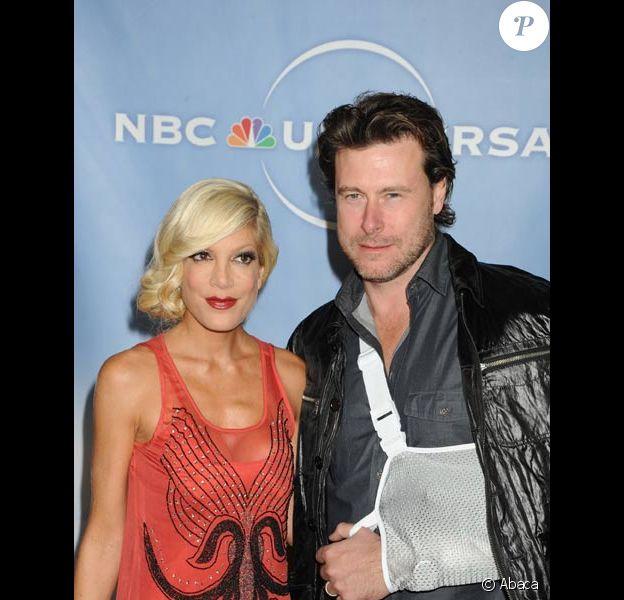 Tori Spelling et son mari Dean Mc Dermott à Los Angeles en janvier 2010