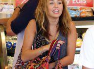 Miley Cyrus : Sortie entre copines et avec son chéri... pour fêter ses 12 nominations aux Teen Choice Awards !