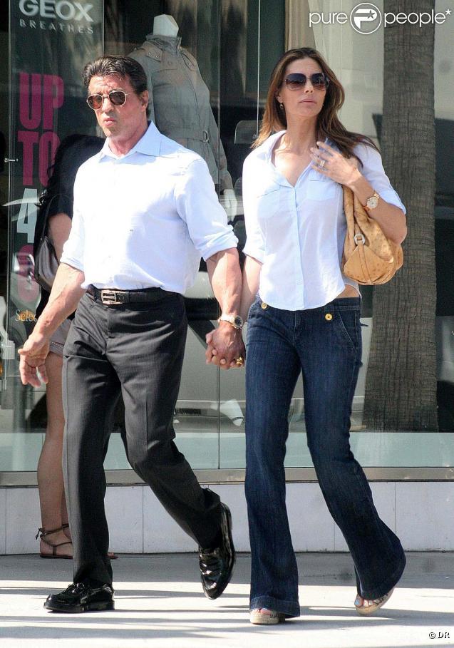 Sylvester Stallone et Jennifer Flavin dans les rues de Beverly Hills, le 2 juillet 2010