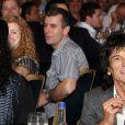 Silver Clef Awards à Londres, le 2 juillet 2010 : Slash, Ronnie Wood et Anna Araujo
