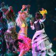 Shakira et ses danseurs, les éléphants articulés, toute l'ambiance de la cérémonie de clôture de la Coupe du Monde de football le 11 juillet