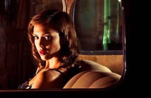 Interview exclu : Regardez Jessica Alba évoquer son nouveau film, le sexe et la violence au cinéma, et sa famille...