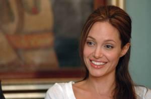 Angelina Jolie : Ses amours, son métier, sa vie, son Brad Pitt... Elle dit tout !