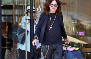 Quand Ozzy et Sharon Osbourne, toujours aussi amoureux, font une razzia shopping !