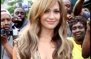 Jennifer Lopez : A 41 ans, l'irrésistible maman à la ligne parfaite... sait toujours s'amuser comme une enfant !