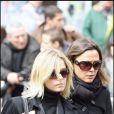 Flavie Flament et Sandrine Quétier dissimulent leur peine derrière des lunettes de soleil
