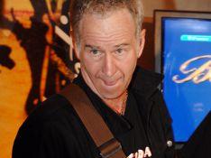 PHOTOS : John McEnroe déchaîné à la guitare