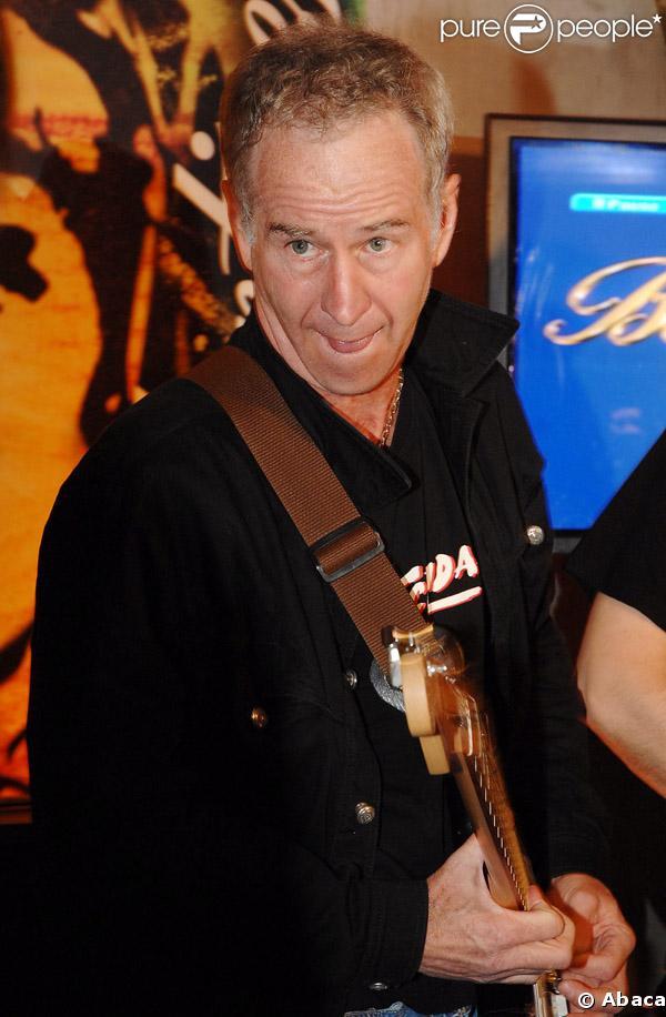 John McEnroe déchaîné sur scène