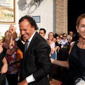 Julio Iglesias : A 66 ans, il s'est marié avec sa belle Miranda !
