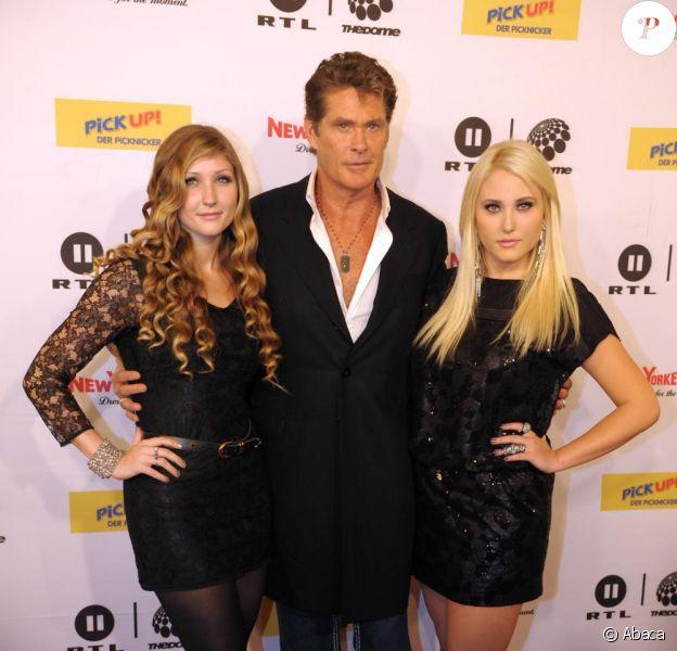 David Hasselhoff et ses filles Taylor Ann et Hayley se produisent sur scène en Allemagne le 27 août 2010