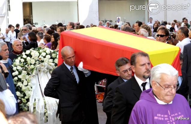 Les obsèques du prince Carlos Hugo de Bourbon-Parme, décédé le 18 août, se sont déroulées le 28 août à la basilique Santa Maria della Steccata.