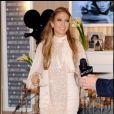 Jennifer Lopez lors du lancement de son nouveau parfum Love and Glamour chez Macy's à New York, le 10 septembre 2010