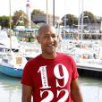 Edouard Montoute présente  Bienvenue aux Edelweiss  au Festival de la  Fiction TV de La Rochelle, samedi 10 septembre.