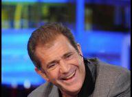 Mel Gibson, en pleine tourmente conjugale et judiciaire, s'amuse à faire des blagues !