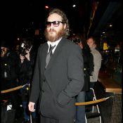 Casey Affleck avoue avoir menti avec son beau-frère Joaquin Phoenix...