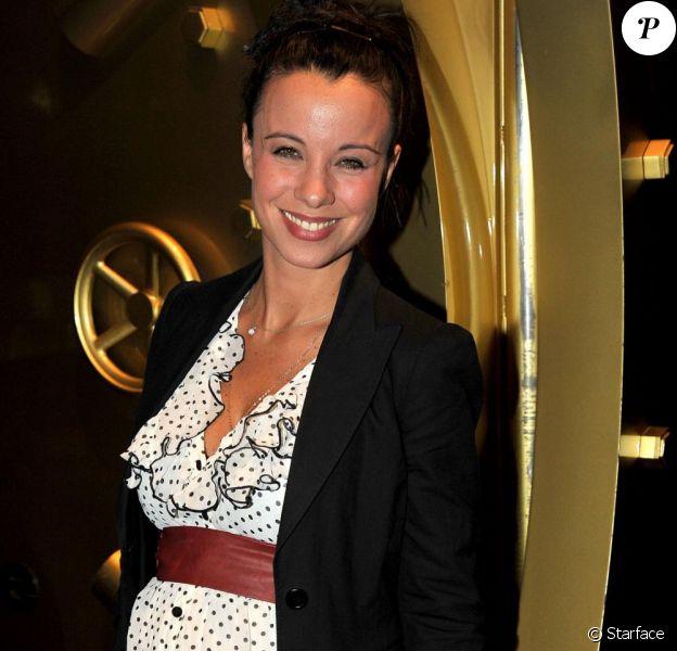 Anne-Gaëlle Riccio enceinte à la conférence de TF6 (VIP Room de Paris, 22 septembre 2010)