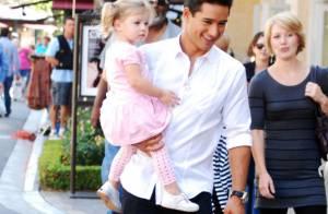 Mario Lopez : Jeune papa, il se découvre une fibre paternelle insoupçonnée !