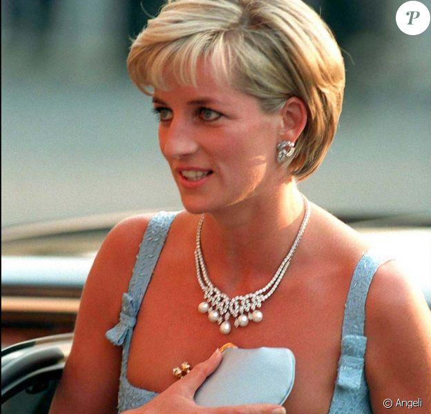 Lady Di au Royal Albert Hall de Londres, le 3 juin 1997