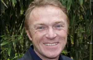 Christophe Hondelatte, opéré du dos, donne de ses nouvelles !