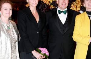 Albert de Monaco et sa fiancée Charlene : Sages, mais toujours aussi amoureux !