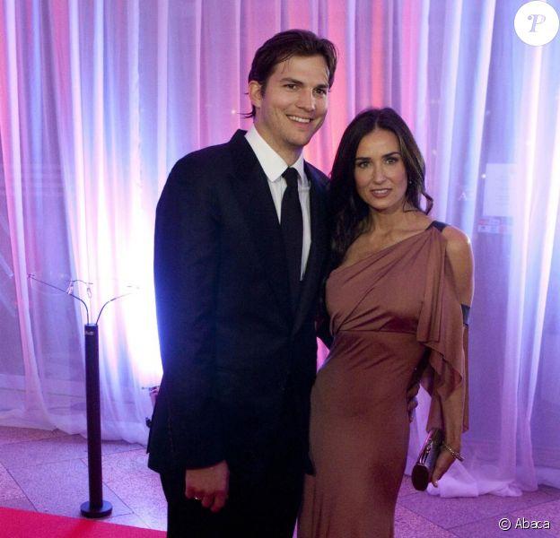 Demi Moore et Ashton Kutcher lors du gala de charité Demi Moore et Ashton Kutcher dont les bénéfices sont reversés à leur association en Autriche le 29 octobre 2010
