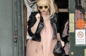 Lady Gaga : Trois jours, trois looks uniques et... une petite chute !