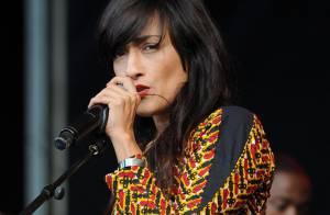 Prix Constantin 2010 : Découvrez la superbe gagnante avec Carla Bruni !