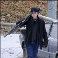 Brad Pitt prend des photos du tournage de la réalisatrice Angelina Jolie en Hongrie le 8 novembre 2010