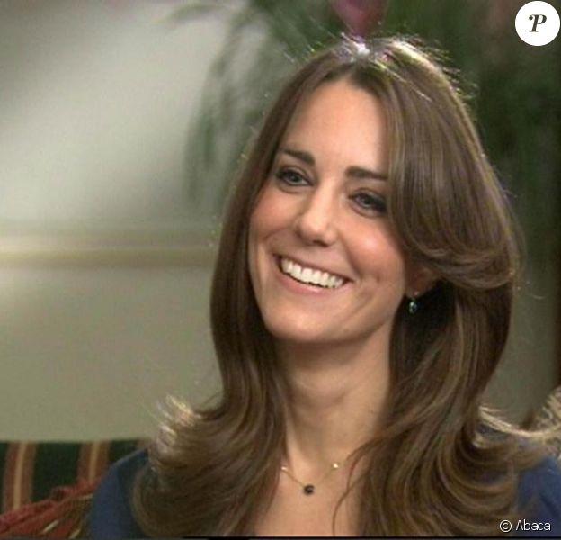 Kate Middleton raconte ses fiançailles avec William à la télévision. 16/11/2010