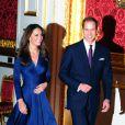 Kate Middleton et le prince William lors de l'annonce de leurs fiançailles, le 16 novembre 2010.