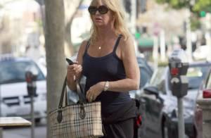 Goldie Hawn : A 65 ans, toujours coquette jusqu'aux bouts des ongles !