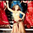 Kat DeLuna dans le clip de  Party O'Clock , extrait de son second album  Inside out .