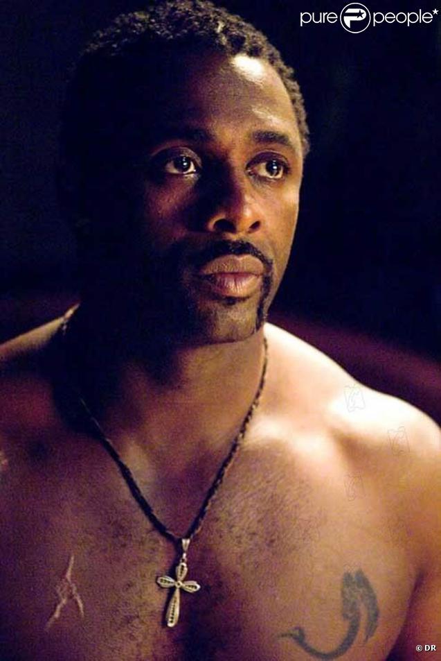 L'acteur Idris Elba, objet d'une polémique raciste initiée par des conservateurs américains qui voient d'un mauvais oeil qu'il incarne un dieu nordique dans  Thor .