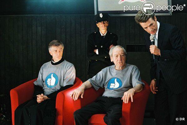 Georges Staquet (en bas à droite) dans Mort à l'écran avec Lambert Wilson