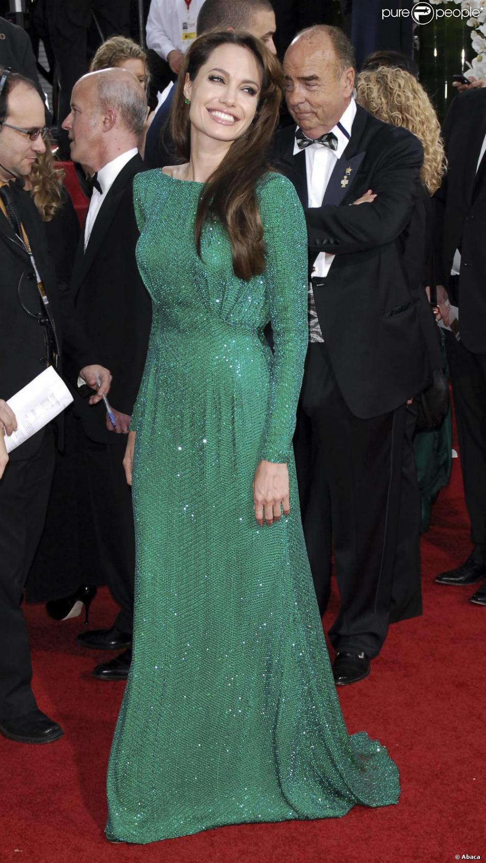 Angelina jolie en robe verte