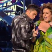 NMA 2011 : Quand Baptiste Giabiconi s'en prend à la poitrine de Marianne James !