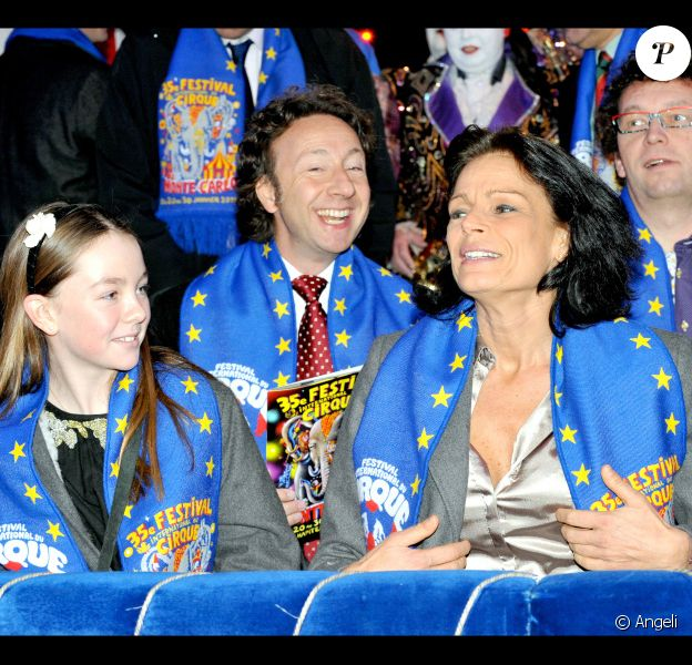 Alexandra de Hanovre, Stéphane Bern et Stéphanie de Monaco au 35e festival international du cirque de Monte-Carlo. 23/01/2011