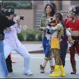 Willow Smith sur le tournage de son nouveau clip 21st Century Girl, à Los Angeles le 23 janvier 2011 - ici avec Jackie Chan