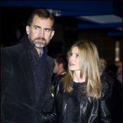 Letizia d'Espagne la joue rock'n'roll en cuir aux côtés de son prince Felipe !