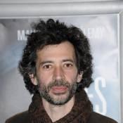 Eric Elmosnino alias 'Gainsbourg' : en tournage chez les francs-maçons !