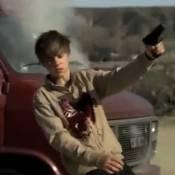 Justin Bieber : Al Pacino, Keanu Reeves et Clint Eastwood lui tirent dessus !