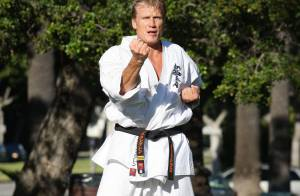 Dolph Lundgren : Le colosse s'entraine en kimono, pour un retour au top !