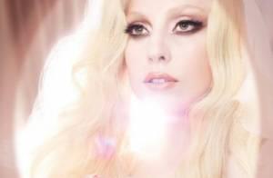 Lady Gaga : Entre deux concerts, elle joue la femme fatale !