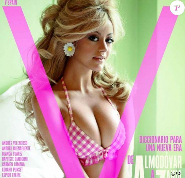 Zahia en couverture du magazine V, édition Espagne